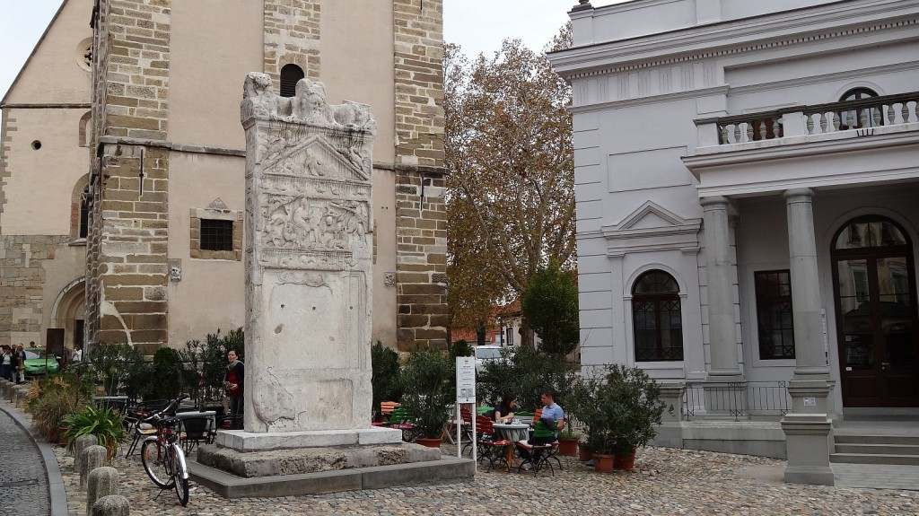 Orfejev spomenik Ptuj