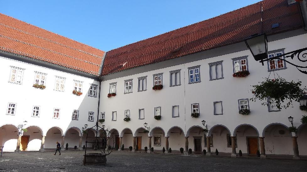 minoritski samostan