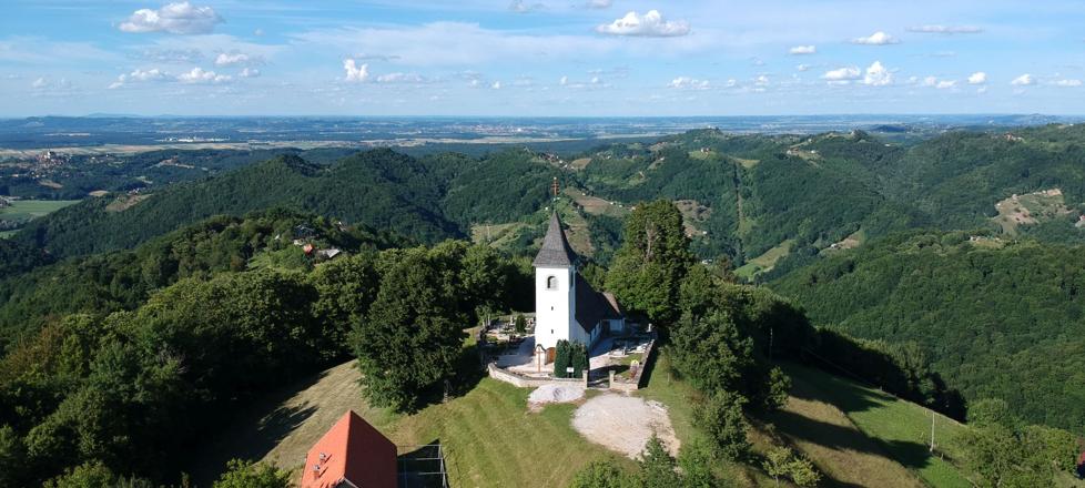 Cerkev sv. Bolfenka, Jelovice